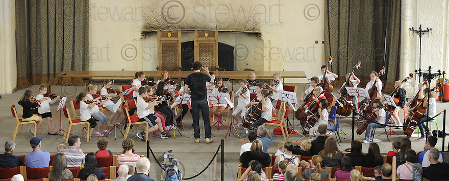 "29/07/2010   Copyright  Pic : James Stewart.sct_jsp003_big_noise  .:: THE ""BIG NOISE"" RAPLOCH ORCHESTRA PLAY IN THE GREAT HALL AT STIRLING CASTLE ::  THE BIG NOISE IS AN ORCHESTRA MADE UP OF CHILDREN FROM THE RAPLOCH AREA OF STIRLING ::.James Stewart Photography 19 Carronlea Drive, Falkirk. FK2 8DN      Vat Reg No. 607 6932 25.Telephone      : +44 (0)1324 570291 .Mobile              : +44 (0)7721 416997.E-mail  :  jim@jspa.co.uk.If you require further information then contact Jim Stewart on any of the numbers above........."