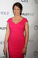 Ivonne Coll<br />