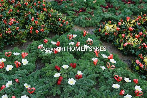Mistletoe and Holly Christmas Auction. Tenbury Wells, Worcestershire, UK 2007.
