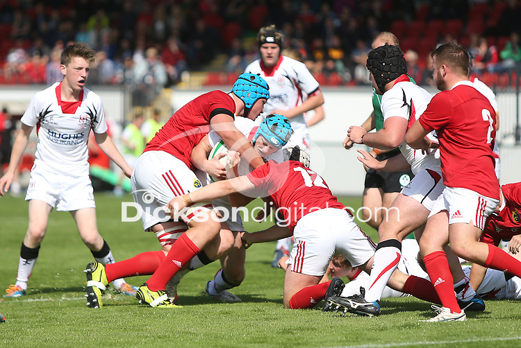 ULSTER U19 vs MUNSTER U19 | Saturday 5th September 2015<br /> <br /> Jonathan McKowen<br /> Ulster U19 vs Munster U19 at the Queens University Arena, The Dub, Belfast, Northern Ireland.<br /> <br /> Photo : John Dickson - DICKSONDIGITAL