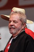 SÃO PAULO, SP, 01.05.2015 - DIA-TRABALHO - O ex presidente Luiz Inacio Lula da SIlva durante festa do Dia do Trabalho no Vale do Anhagabaú no centro da cidade de São Paulo nesta sexta-feira, 01. (Foto: Vanessa Carvalho / Brazil Photo Press)