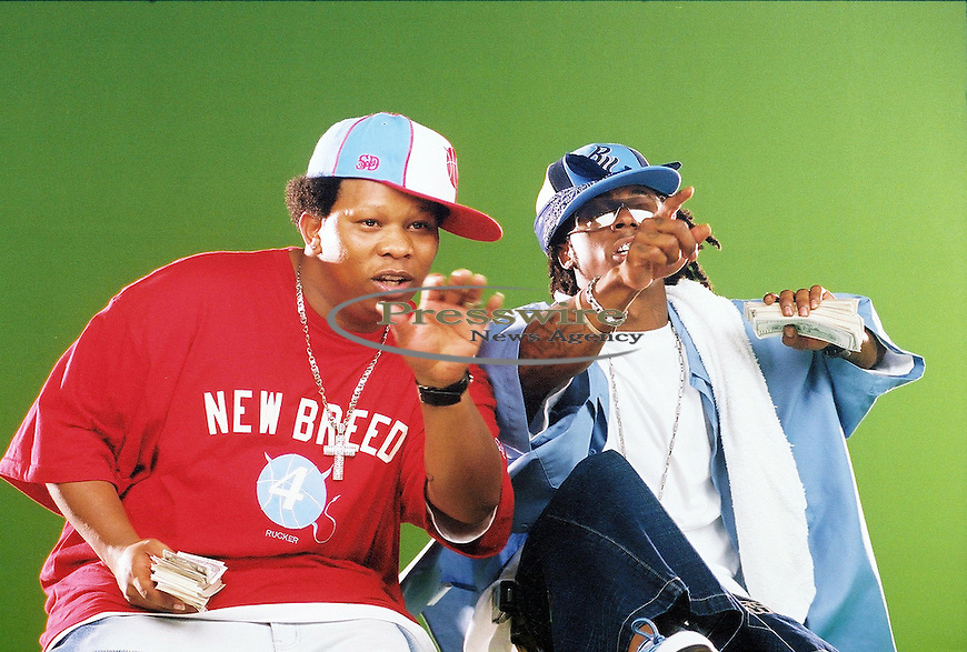 Mannie Fresh & Lil Wayne in New Orleans, Louisiana on August 8, 2003.  Photo credit: Elgin Edmonds / Presswire News