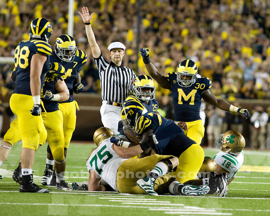 Michigan defeats Notre Dame, 35-31, in first ever night game at Michigan Stadium, Satruday night, September 10th, 2011.