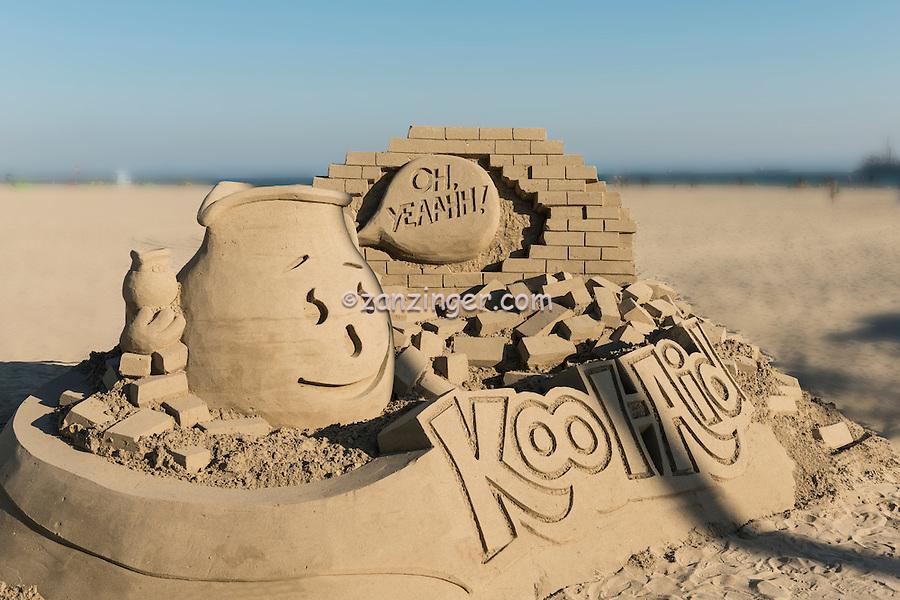 Sandcastles, Beach; Sand; Sculpture,  Sandsculpture; Long Beach; CA; Southern California; USA