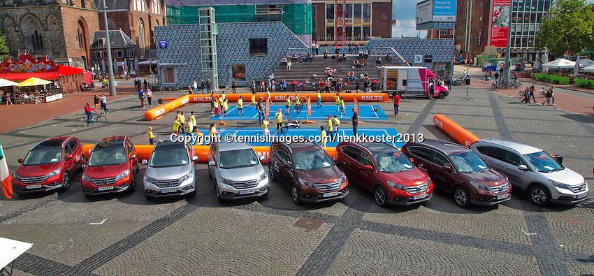 11-sept.-2013,Netherlands, Groningen,  Martini Plaza, Tennis, DavisCup Netherlands-Austria, Draw,   Honda's official cars<br /> Photo: Henk Koster