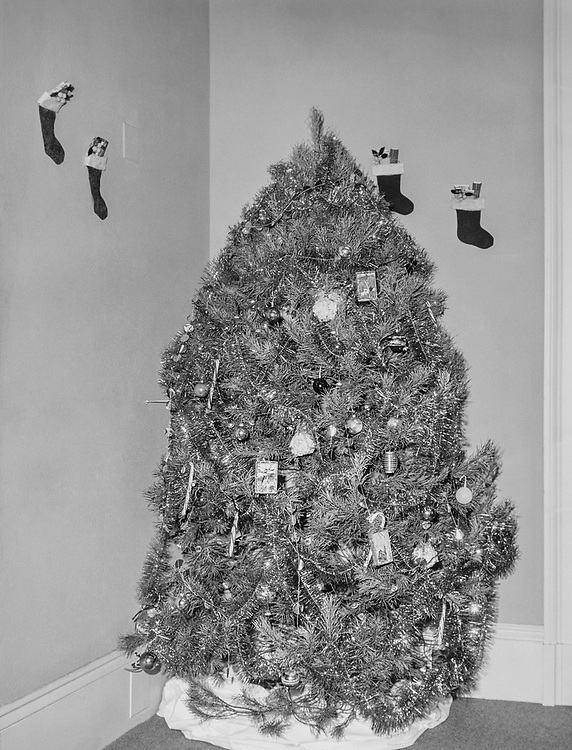 Rep. J. J. Pickle, D-Tx., decorated office with Christmas tree during Christmas contest. (Photo by CQ Roll Call via Getty Images)