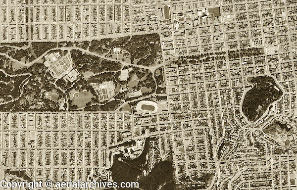 historical aerial photograph Golden Gate Park, Haight Ashbury, San Francisco, 1968