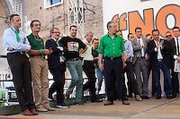 Verona: Umberto Bossi durante la manifestazione organizzata dalla Lega Nord per protestare contro l'IMU la tassa sulla casa introdotta dal Governo Monti. Alla sua destra Roberto Maroni e Flavio Tosi, Matteo Salvini