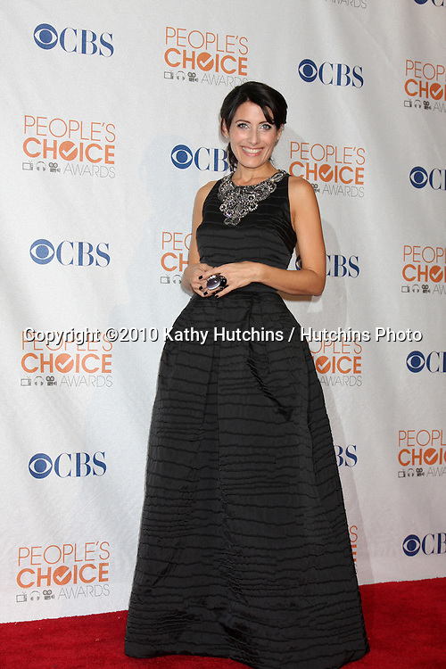 Lisa Edelstein.in the Press Room at the 2010 People's Choice Awards.Nokia Theater.January 6, 2010.©2010 Kathy Hutchins / Hutchins Photo.
