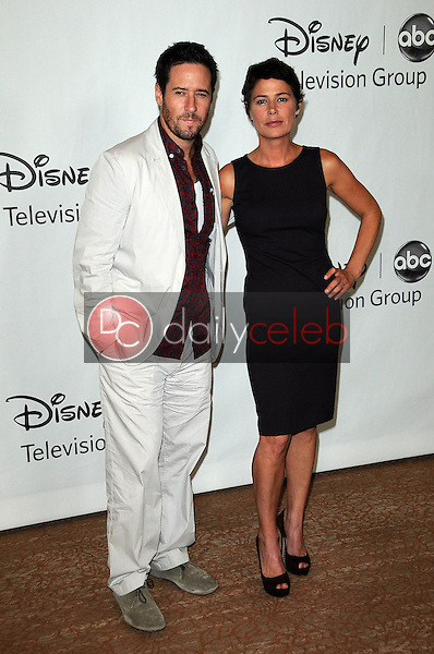 Rob Morrow, Maura Tierney<br /> at the Disney ABC Television Group Summer 2010 Press Tour - Evening, Beverly Hilton Hotel, Beverly Hills, CA. 08-01-10<br /> David Edwards/Dailyceleb.com 818-249-4998