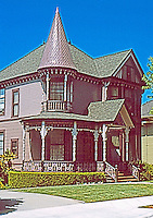 "Los Angeles: 1344 Carroll Ave., Angelino Heights. ""A pure example of Queen Anne"".  Photo 2004."