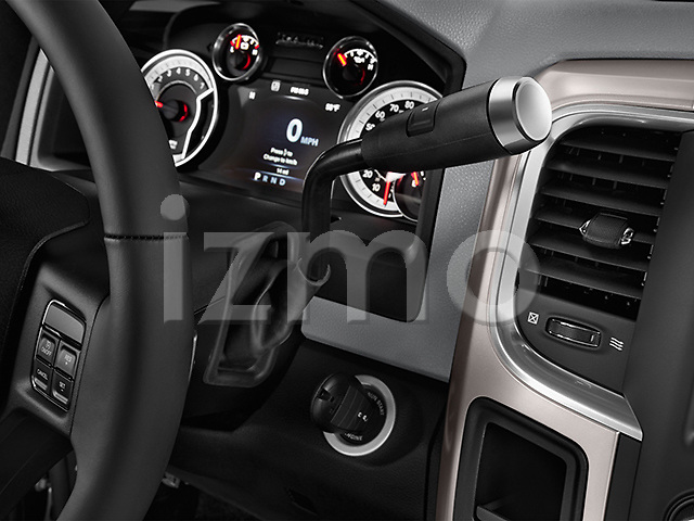 Gear shift detail view of a 2013 Dodge RAM 1500 Big Horn Crew Cab