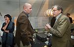 UTRECHT - Joris Slooten met Pieter Aalders. Forumdiscussie Speelkwaliteit in de golfsport. FOTO KOEN SUYK