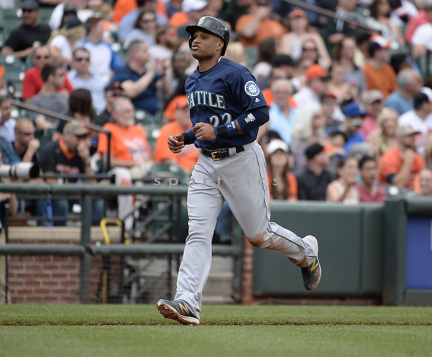 Seattle Mariners Robinson Cano (22) during a game against the Baltimore Orioles on May 19, 2016 at Oriole Park at Camden Yards in Baltimore, MD. The Mariners beat the Orioles 7-2.