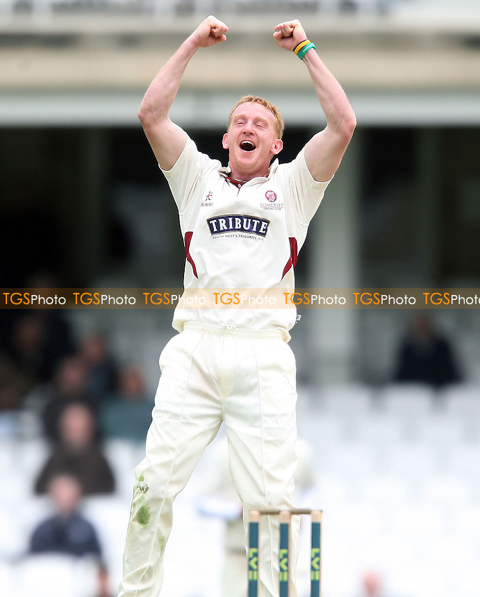 Steven Kirby of Somerset celebrates taking the wicket of Rory Burns of Surrey - Surrey CCC vs Somerset CCC, LV County Championship Division 1 at The Kia Oval, Kennington - 19/04/13 - MANDATORY CREDIT: Rob Newell/TGSPHOTO - Self billing applies where appropriate - 0845 094 6026 - contact@tgsphoto.co.uk - NO UNPAID USE.