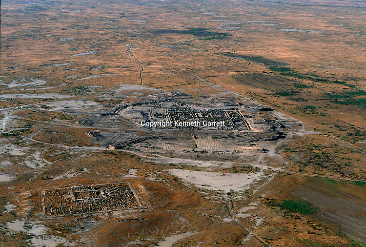 Aerial scenics of excavation; Oxus Civilization; Turkmenistan; Gonor Depe site; Victor Sarianidi; Archaeology; BMAC complex