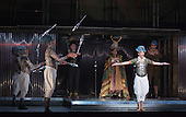 London, UK. 2 March 2016. Antony Roth Costanzo as Akhnaten with members of Gandini Juggling. English National Opera (ENO) dress rehearsal of the Philip Glass opera Akhnaten at the London Coliseum. 7 performances from 4  to 18 March 2016. Directed by Phelim McDermott with Anthony Roth Costanzo as Akhnaten, Emma Carrington as Nefertiti, Rebecca Bottone as Queen Tye, James Cleverton as Horemhab, Clive Bayley as Aye, Colin Judson as High Priest of Amon and Zachary James as Scribe. Skills performances by Gandini Juggling.