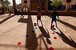 ETHIOPIA, Tigray, Shire, eritrean refugee camp May-Ayni managed by ARRA and UNHCR, football training class for children by JRS / AETHIOPIEN, Tigray, Shire, Fluechtlingslager May-Ayni fuer eritreische Fluechtlinge, Sportzentrum und trauma counselling von JRS Jesuit refugee service, Kinder beim Fussball training