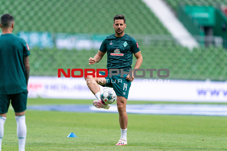 Claudio Pizarro (Werder Bremen #14)<br /> <br /> <br /> Sport: nphgm001: Fussball: 1. Bundesliga: Saison 19/20: 34. Spieltag: SV Werder Bremen vs 1.FC Koeln  27.06.2020<br /> <br /> Foto: gumzmedia/nordphoto/POOL <br /> <br /> DFL regulations prohibit any use of photographs as image sequences and/or quasi-video.<br /> EDITORIAL USE ONLY<br /> National and international News-Agencies OUT.