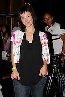SAO PAULO,SP, 01 DE FEVEREIRO 2012. APRESENTACAO MADRINHA DO CAMAROTE BAR BRAHMA. A atriz Cyntia Falabella, na apresentacao de Ellen Roche, como madrinha do camarote Bar Brahma, no carnaval de SP.  Na noite desta quarta-feira, no bar Brahma, regiao central de SP. (FOTO: MILENE CARDOSO- NEWS FREE)