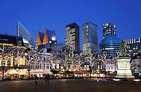 Nederland Den Haag 2017.   Het Plein. Op de achtergrond oa  gebouwen waarin ministeries gevestigd zijn.   Foto Berlinda van Dam / Hollandse Hoogte