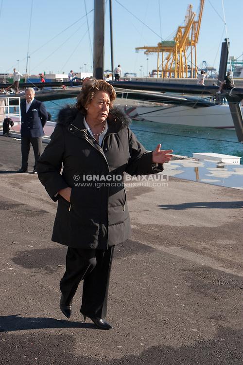 Fist test of Alinghi 5 in Valencia. 15/1/2010 Valencia, Spain