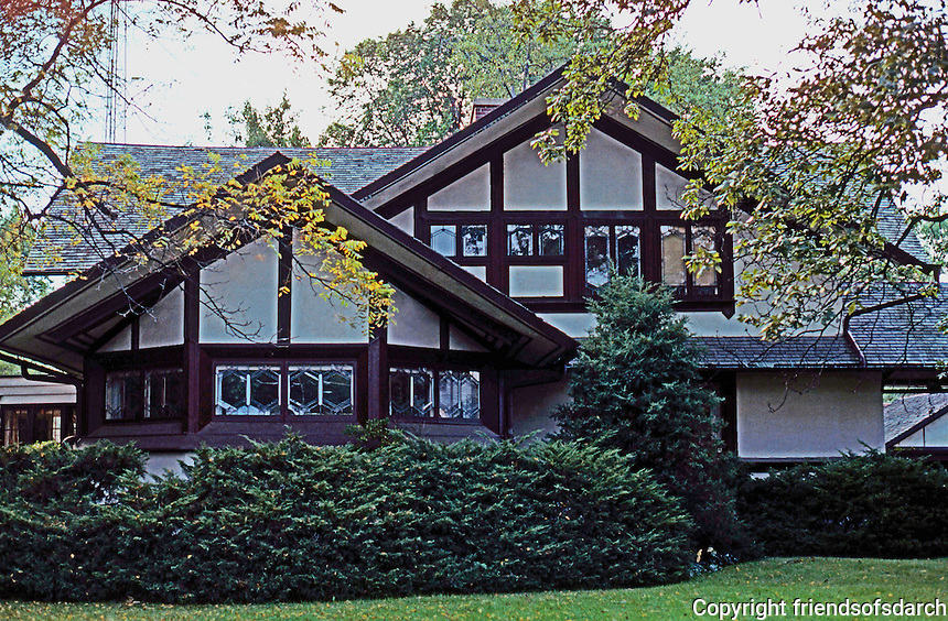 F.L. Wright: Hickox House, Kankakee, Ill. East elevation (front).