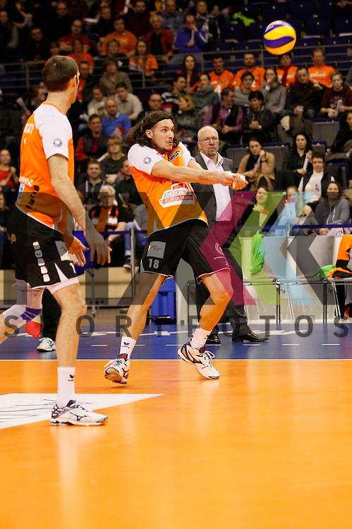 nimmt an #r18#<br /> <br /> 04.02.15 Volleyball, 1. Bundesliga, Maenner, Saison 2014/15, Berlin Recycling Volleys - TV Rottenburg beim Spiel Berlin Recycling Volleys - TV Rottenburg.<br /> <br /> Foto &copy; PIX *** Foto ist honorarpflichtig! *** Auf Anfrage in hoeherer Qualitaet/Aufloesung. Belegexemplar erbeten. Veroeffentlichung ausschliesslich fuer journalistisch-publizistische Zwecke. For editorial use only.