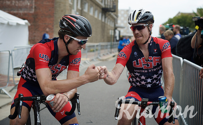 the Tyler&amp;Taylor post-race fist-bump<br /> <br /> Taylor Phinney (USA/BMC) &amp; Tyler Farrar (USA/MTN-Qhubeka) <br /> <br /> Elite Men Road Race<br /> UCI Road World Championships Richmond 2015 / USA