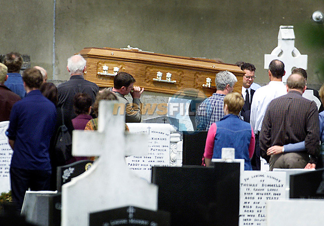 The remains of Caitlin Bean Ui Chairbre are brought into St. Peter's Cemetary..Picture: Paul Mohan/Newsfile