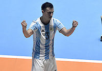 CALI -COLOMBIA-01-10-2016: Alamiro Vaporaki (Izq) jugador de Argentina celebra después de anotaar un gol a Rusia durante partido por la final de la Copa Mundial de Futsal de la FIFA Colombia 2016 jugado en el Coliseo del Pueblo en Cali, Colombia. /  Alamiro Vaporaki (L) player of Argentina celebrates after scoring a goal to Russia during match for the final of the FIFA Futsal World Cup Colombia 2016 played at Metropolitan Coliseo del Pueblo in Cali, Colombia. Photo: VizzorImage/ Gabriel Aponte / Staff