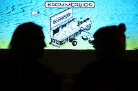 20140925 - Utrecht - NFF Nederlands Filmfestival 2014 - Brommerbios op het Stadhuisplein.