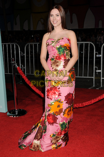"SCARLETT JOHANSSON .""He's Just Not That Into You"" Los Angeles Premiere at Grauman's Chinese Theatre, Hollywood, CA, USA, .02 February 2009.full length strapless pink floral print dress long maxi flower patterned .P/ADM/BP.©Byron Purvis/Admedia/Capital PIctures"