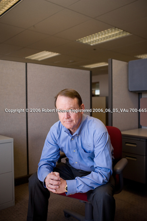 Dick Notebaert - Chairman and CEO - Qwest: Executive portrait photographs by San Francisco - corporate and annual report - photographer Robert Houser.