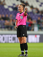 20190912 - Anderlecht , BELGIUM : Referee Rebecca Welch is pictured during the female soccer game between the Belgian Royal Sporting Club Anderlecht Dames  and BIIK Kazygurt from Shymkent in Kazachstan, this is the first leg in the round of 32 of the UEFA Women's Champions League season 2019-20120, Thursday 12 th September 2019 at the Lotto Park in Anderlecht , Belgium. PHOTO SPORTPIX.BE | SEVIL OKTEM