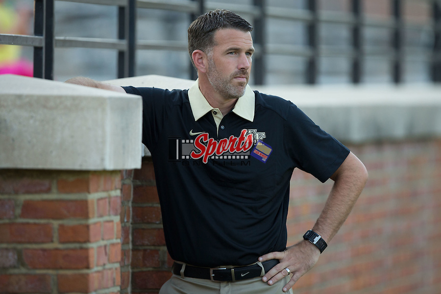 Wake Forest Demon Deacons head coach Bobby Muuss watches his team warm-up prior to the game against the Santa Clara Broncos at Spry Soccer Stadium on August 28, 2015 in Winston-Salem, North Carolina.  The Demon Deacons defeated the Broncos 1-0.  (Brian Westerholt/Sports On Film)