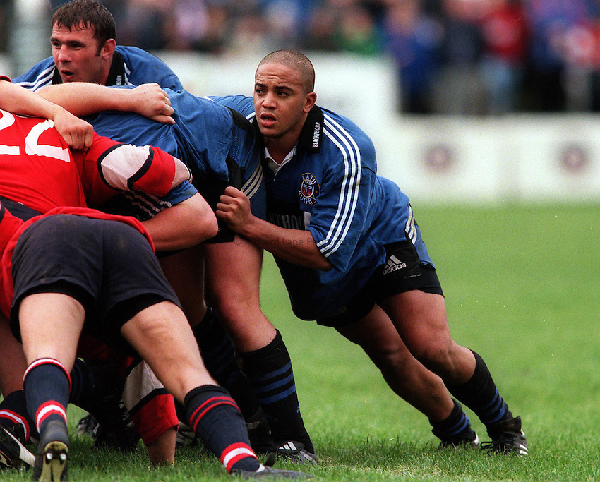 Photo: Ken Brown.10.10.99  Bath v Gloucester.Gavin Thomas