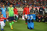 (L to R) Lim Youhwan (Jeonbuk Hyundai), Yuki Abe (Reds),.APRIL 3, 2013 - Football /Soccer : AFC Champions League 2013 Group F during Matchday-3,between Urawa Reds (JPN) 1-3 Jeonbuk Hyundai Motors FC (KOR) at Saitama Stadium 2002, Saitama, Japan . (Photo by Jun Tsukida/AFLO SPORT).