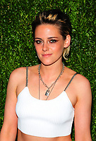 NEW YORK, NY - NOVEMBER 13: Kristen Stewart attends the 2017 Museum of Modern Art Film Benefit Tribute to herself at Museum of Modern Art on November 13, 2017 in New York City. Credit: John Palmer/MediaPunch /NortePhoto.com