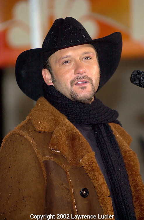 NEW YORK-NOVEMBER 27: Recording artist Tim McGraw performs at the Today Show November 27, 2002, at Rockefeller Center in New York City.