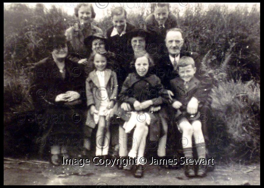 3rd September 99                     Copyright Pic : James Stewart .Ref :                           .File Name : stewart08-dunning reunion                        .L TO R REAR : JEAN FREELAND, RONALD FREELAND, GEORGE BOARDMAN....L TO R MIDDLE : MRS MUNRO, JEAN FREELAND, MRS BOARDMAN, MR BOARDMAN......L TO R FRONT : LILLY FRELAND, MARGARET FREELAND, BETIE MUNRO......(see copy from George mair/Tim Bugler).....Payments to :-.James Stewart Photo Agency, Stewart House, Stewart Road, Falkirk. FK2 7AS      Vat Reg No. 607 6932 25.Office : 01324 630007        Mobile : 0421 416997.E-mail : JSpics@aol.com.If you require further information then contact Jim Stewart on any of the numbers above.........
