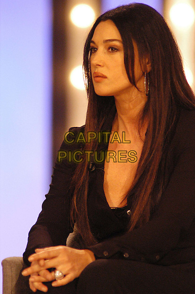 MONICA BELLUCCI.3 December 2003.half length, half-length.www.capitalpictures.com.sales@capitalpictures.com.© Capital Pictures