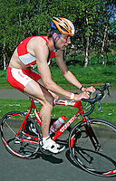 13 MAY 2006 - EDINBURGH, UK - Tom Lowe - British Duathlon Championships (PHOTO (C) 2006 NIGEL FARROW)