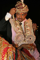 01.12.2008 Delhi(Haryana)<br /> <br /> Portrait of the groom at his arrival.<br /> <br /> Portrait du marié a son arrivée.