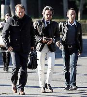 Il ciclista Davide Rebellin, primo da destra, arriva con i suoi avvocati Fabio Pavone, al centro, e Federico Cecconi, allo Stadio Olimpico di Roma, 22 gennaio 2010, per l'audizione presso la Procura Antidoping del Coni..Italian cyclist Davide Rebellin arrives with his lawyers Fabio Pavone, center, and Federico Cecconi, at Rome's Olympic stadium, 22 january, 2010, to be questioned by the Coni's antidoping prosecutor..UPDATE IMAGES PRESS/Riccardo De Luca