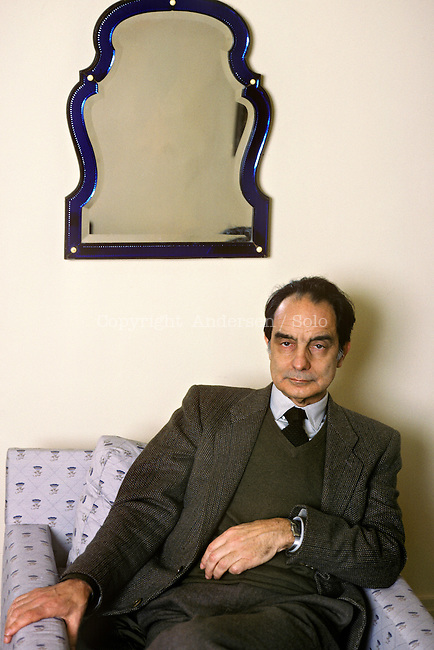 Italo Calvino in 1984, Paris.