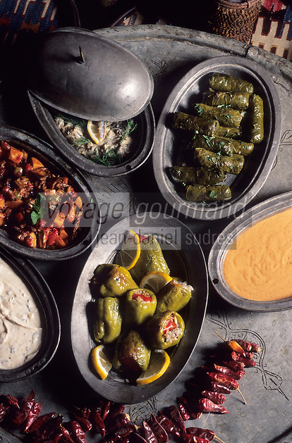 "Europe/Turquie : Divers hors-d'oeuvres dits ""Mezes"""