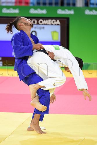 06.08.2016. Rio de Janeiro, Brazil. Mens judo competition.  Felipe Kitadai (bra - white) versus Walide Khyar (fra - blue) mens under 60kg