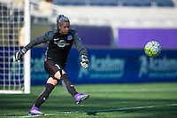 Orlando, Florida - Sunday, May 8, 2016: Orlando Pride goalkeeper Ashlyn Harris (1) during a National Women's Soccer League match between Orlando Pride and Seattle Reign FC at Camping World Stadium.