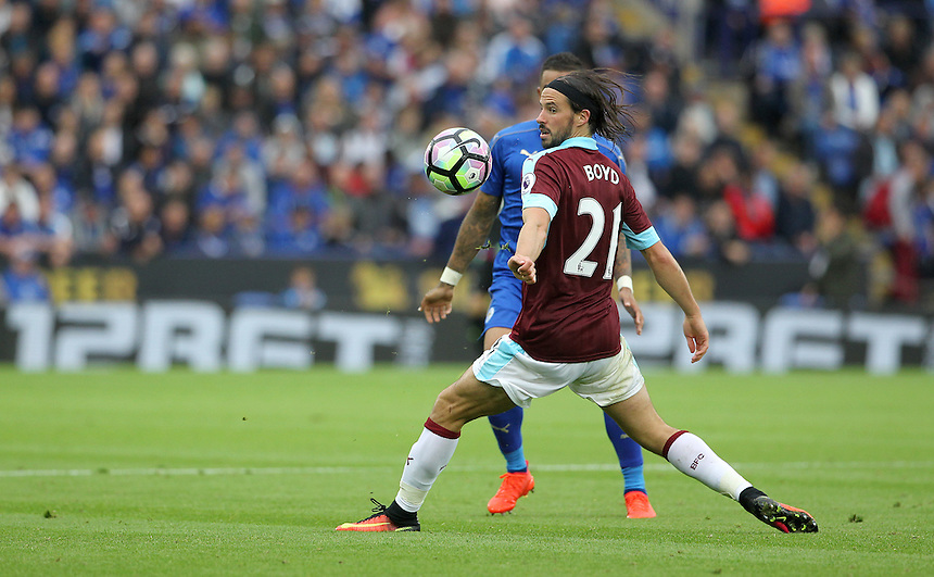 Burnley's George Boyd in action during todays match  <br /> <br /> Photographer Rachel Holborn/CameraSport<br /> <br /> The Premier League - Leicester City v Burnley - Saturday 17th September 2016 - King Power Stadium - Leicester <br /> <br /> World Copyright &copy; 2016 CameraSport. All rights reserved. 43 Linden Ave. Countesthorpe. Leicester. England. LE8 5PG - Tel: +44 (0) 116 277 4147 - admin@camerasport.com - www.camerasport.com